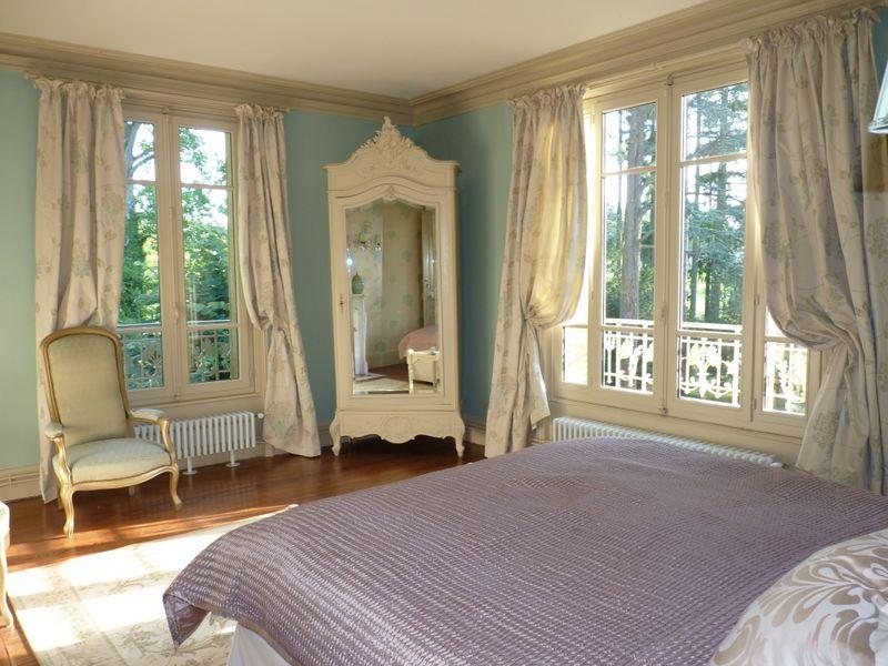 ch teau de la chaix chambres d 39 h tes chambre bicyclette. Black Bedroom Furniture Sets. Home Design Ideas